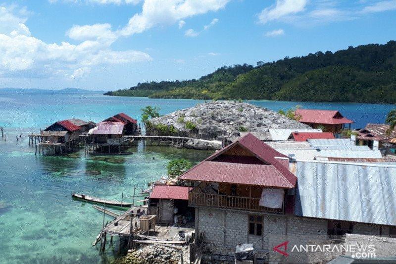 Puluhan pulau di Togean dimanfaatkan menjadi destinasi wisata