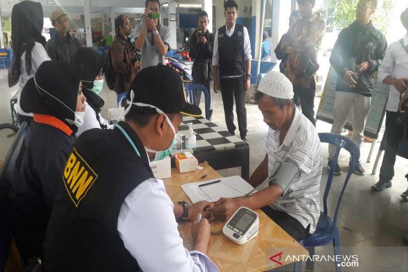 BNNK Temanggung lakukan tes urine pengemudi angkutan