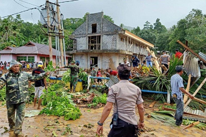 BMKG: Banjir bandang di Sangihe akibat angin belok
