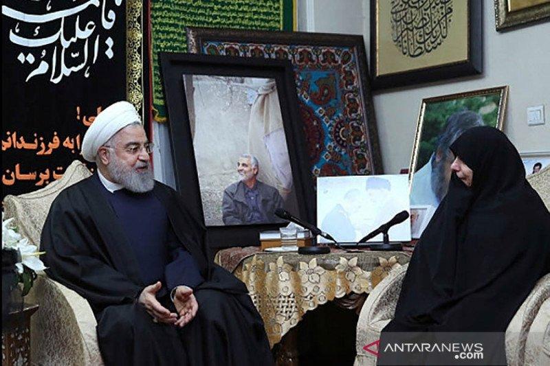 Trump dikecam Iran dan disebut sebagai teroris berdasi