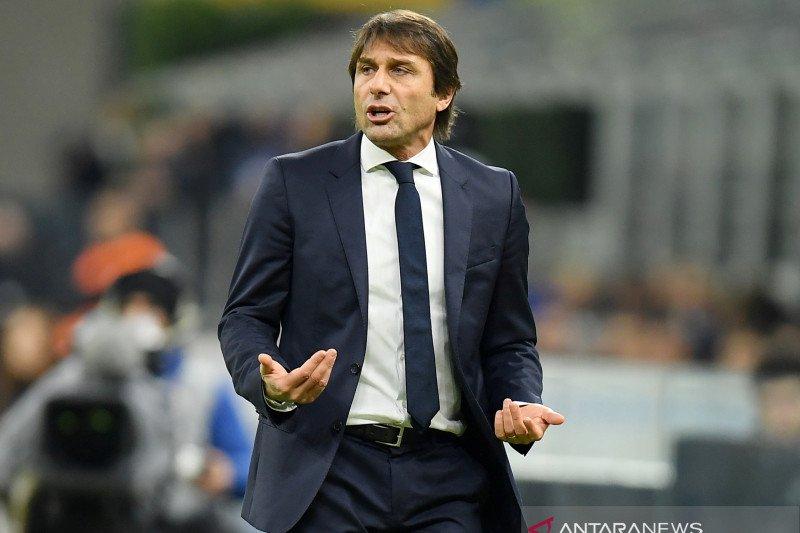 Inter beri hadiah dua gol kepada Lazio, keluh Conte