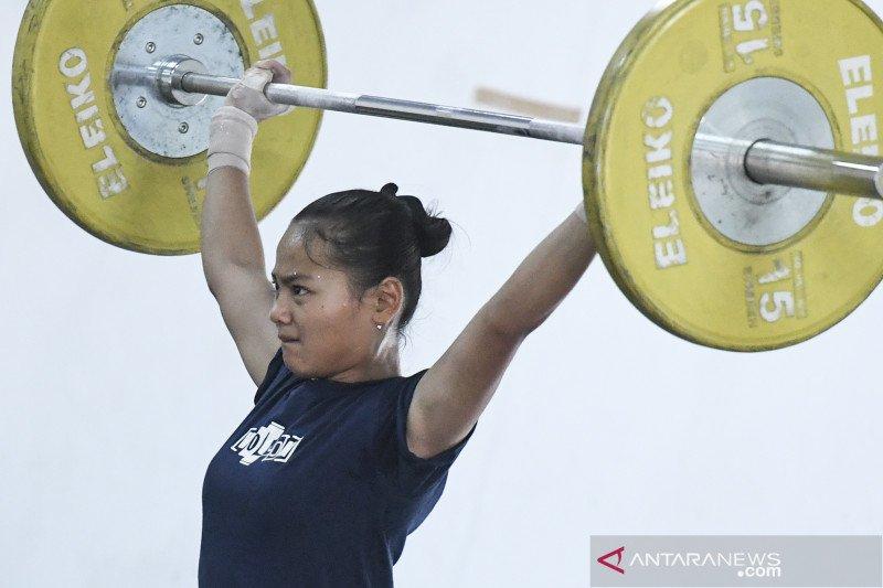Windy Cantika Aisah meraih medali emas Kejuaraan Dunia Junior 2021