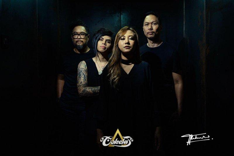 Vokalis Jackline Rossy pilih keluarga, berpisah dengan Cokelat Band