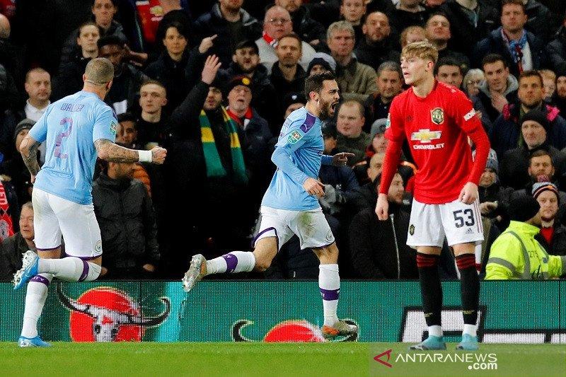 Perbesar asa lolos ke partai final, Man City pecundangi MU 3-1 di Old Trafford