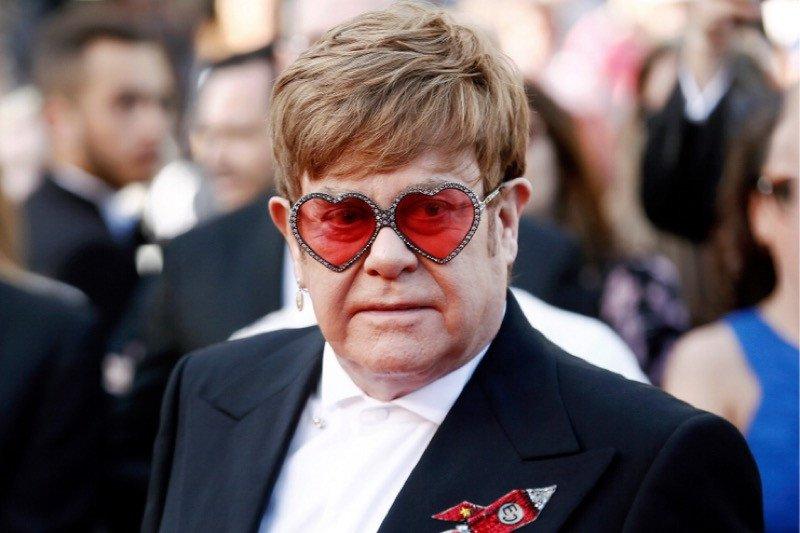 Elton John hingga Chris Hemsworth sumbang dana pemadaman kebakaran hutan