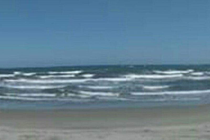 Ketinggian gelombang di perairan Sulbar capai dua meter