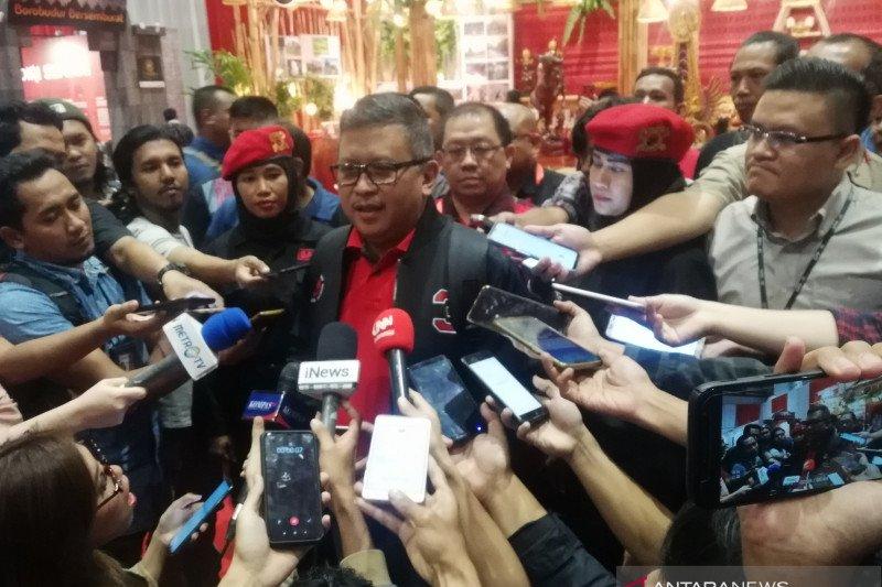 Hasto Kristiyanto bantah KPK segel atau geledah ruang kerjanya