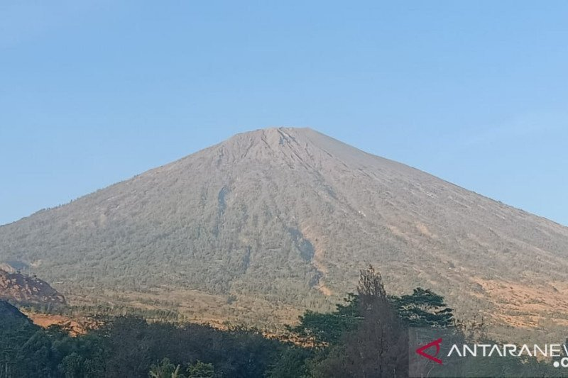 Lombok Barat akan buka jalur pendakian  Gunung Rinjani