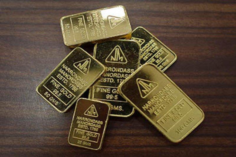 Emas jatuh 13,5 dolar saat ECB pertahankan kebijakan tidak berubah