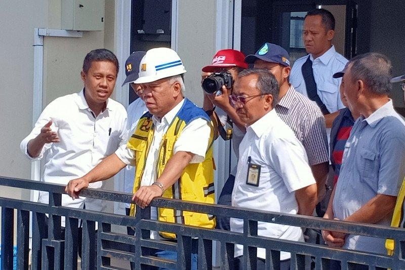 Basuki minta lima pompa Kali  Sringin beroperasi penuh akhir Januari