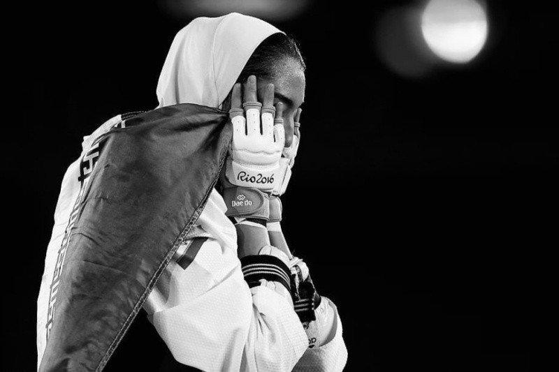 Juara taekwondo Kimia Alizadeh, si peraih medali Olimpiade, membelot