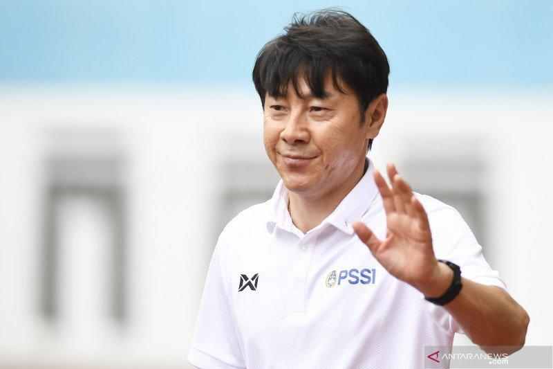 Shin Tae-yong tetap merasa optimistis meski timnas U-19 telan tiga kekalahan