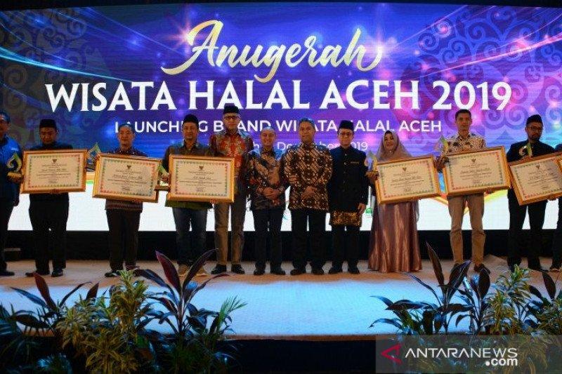 Menurut Asita, industri pariwisata halal telah lama berjalan di Aceh