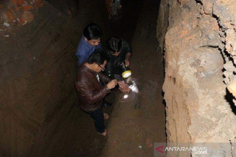 """Pipa jaringan bocor, puluhan ribu pelanggan PDAM Kota Malang """"darurat"""" air bersih"""