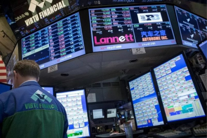 Saham-saham Wall Street bervariasi, Dow dan S&P 500 terseret saham Apple