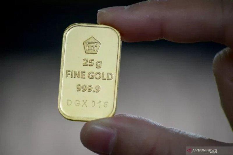 Emas di New York terus menurun