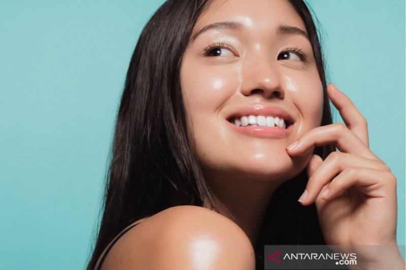 Cara menjaga wajah tetap 'glowing' di masa pandemi