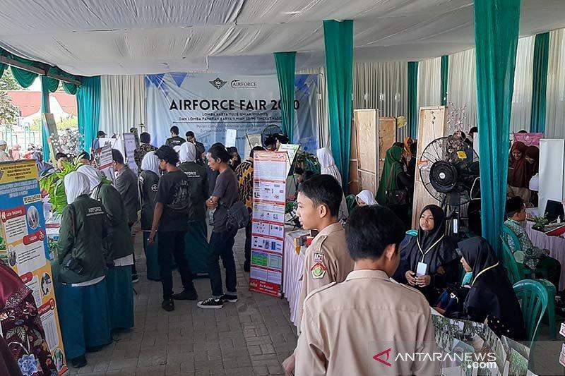 LIPI beri anugerah bagi peneliti remaja dan muda Indonesia