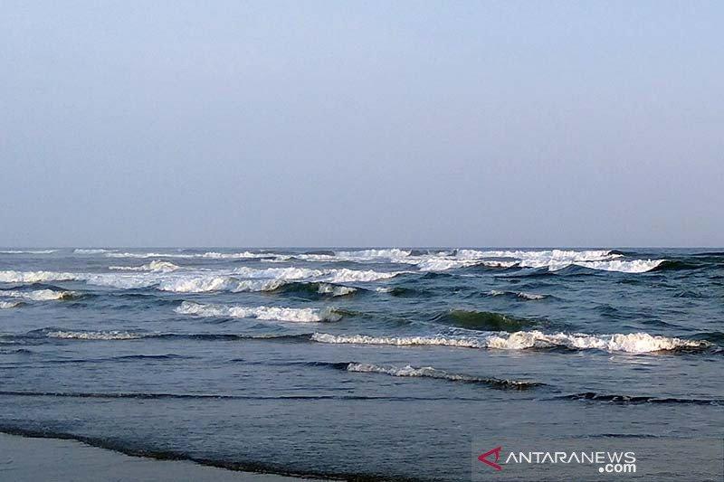 BMKG: Gelombang tinggi berpotensi terjadi di laut Selatan Jabar-Jateng-DIY