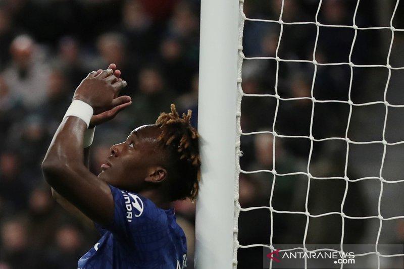 Lampard sebut Chelsea tidak bisa terus andalkan Abraham