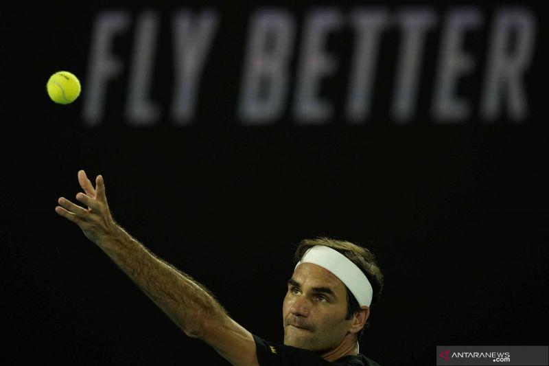 Roger Federer atasi tantangan Cilic di babak kedua French Open