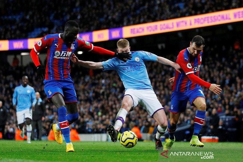 Dramatis, Manchester City diimbangi Palace 2-2