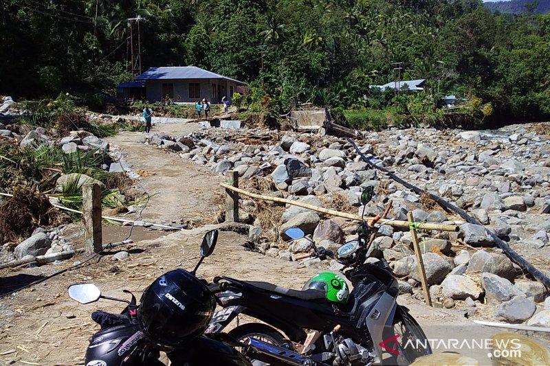 PT ADS bangun jalan dan jembatan darurat di lokasi bencana