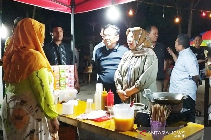Wisata Kuliner Alun Alun Istana Kuning Akan Ditambah Ruang Edukasi Antara News Kalimantan Tengah Berita Terkini Kalimantan Tengah