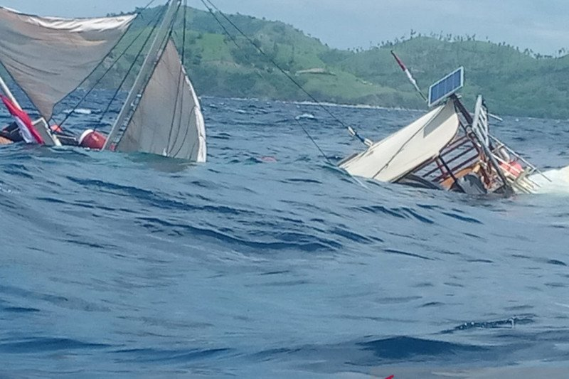 Enam wartawan istana alami kecelakaan laut di Labuan Bajo