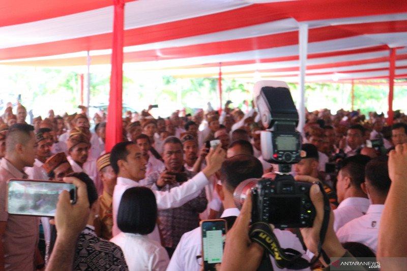 Siapakah orang NTT yang berani membentak Presiden Jokowi?