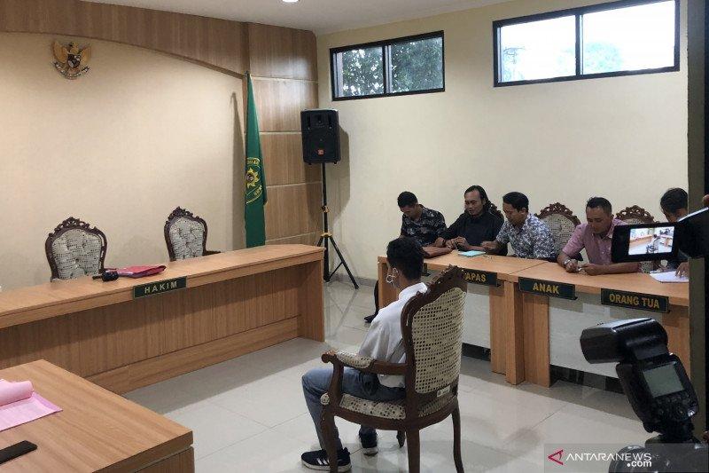 Bunuh begal,  pelajar ZA  dituntut hukuman satu tahun