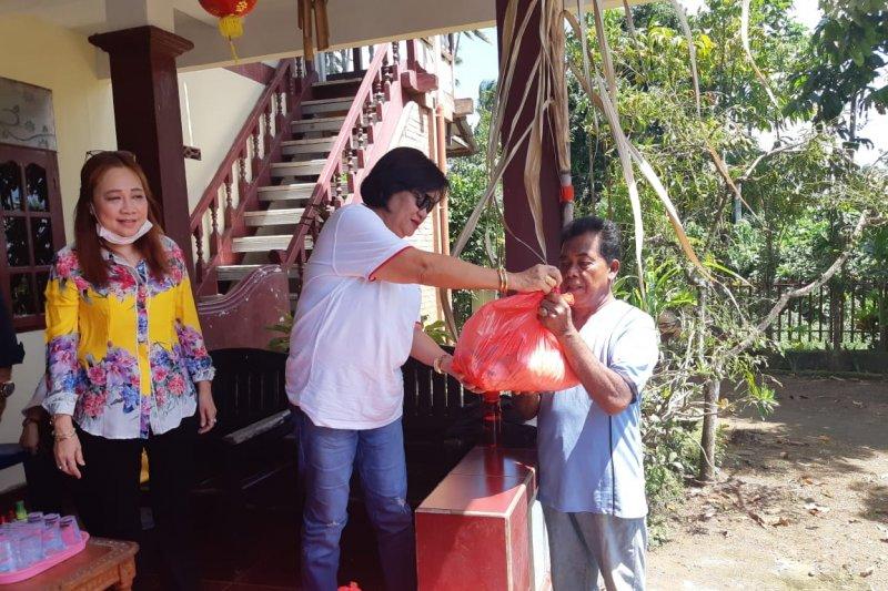 Ketua DPRD Manado pimpin komisi III baksos di TPA