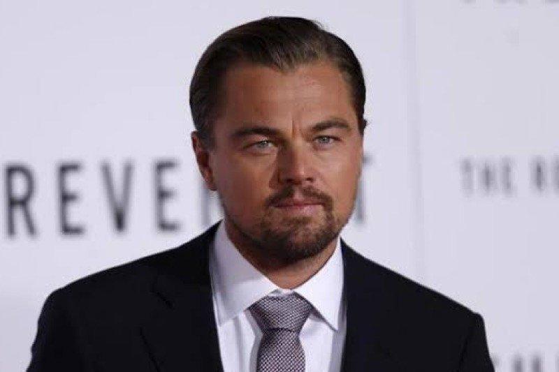 Film Martin Scorsese akan dibintangi Leonardo DiCaprio dan Robert De Niro