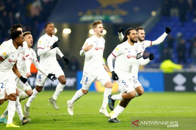 Lyon rebut tiket final Piala Liga Prancis lewat adu penalti atas Lille