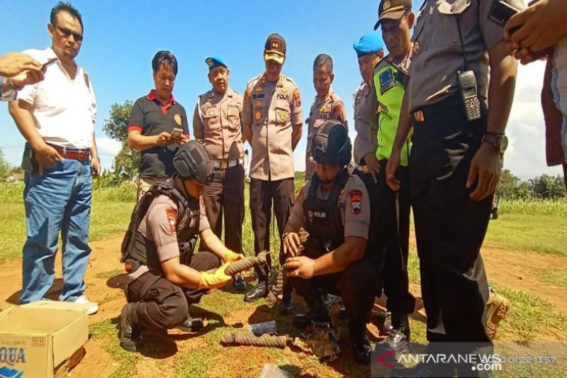 Polres Pekalongan Kota mengamankan benda diduga bom rakitan