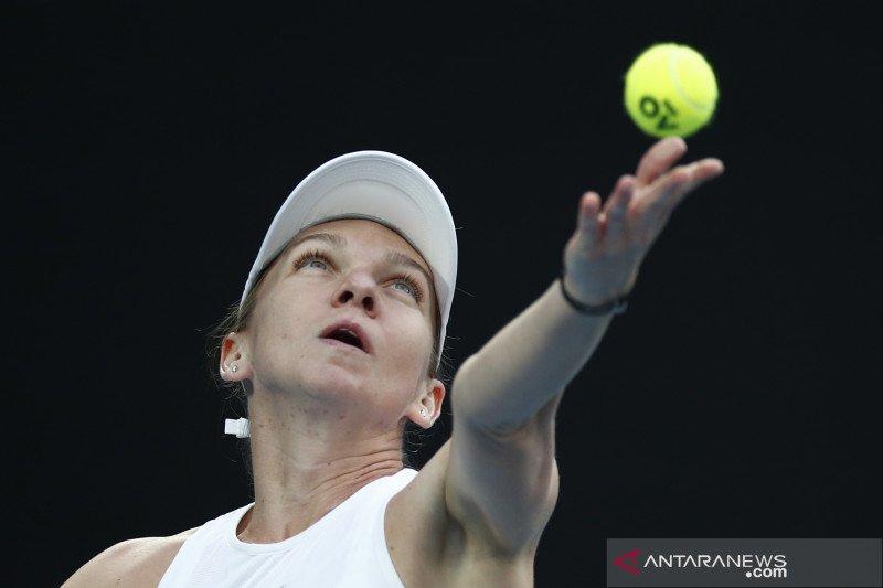 Juara bertahan Wimbledon Simona Halep telah pulih dari cedera kaki