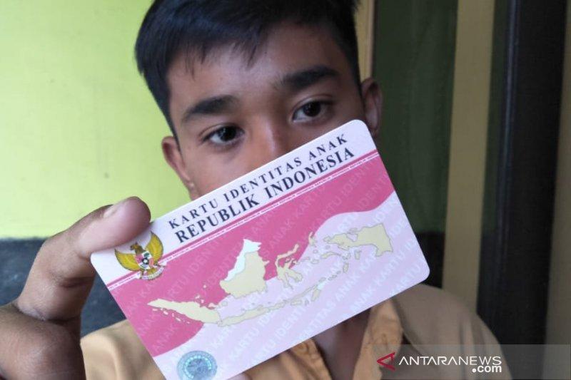 Pemkab menargetkan semua anak di Minahasa Tenggara miliki KIA