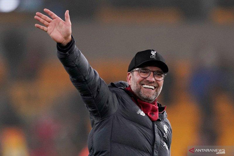 Klopp kembali semangat saat sepak bola Inggris mendekati 'restart'