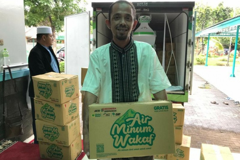 Global Wakaf dan ACT hadirkan air minum wakaf di masjid Jakarta