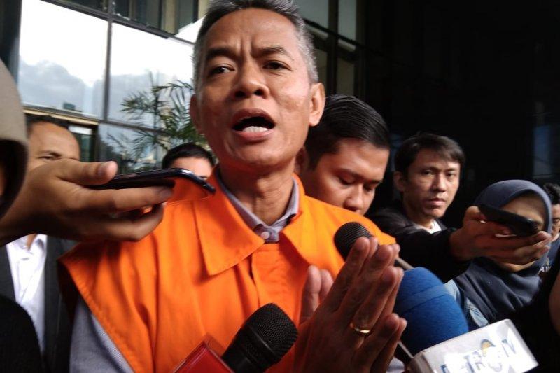 KPK perpanjang penahanan Wahyu Setiawan