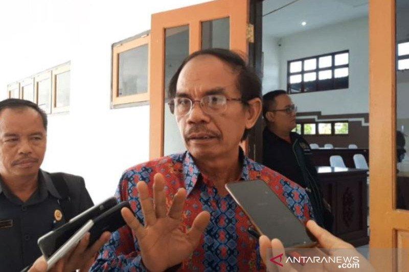 Legislator Gumas imbau umat Islam laksanakan shalat Idul Fitri di rumah