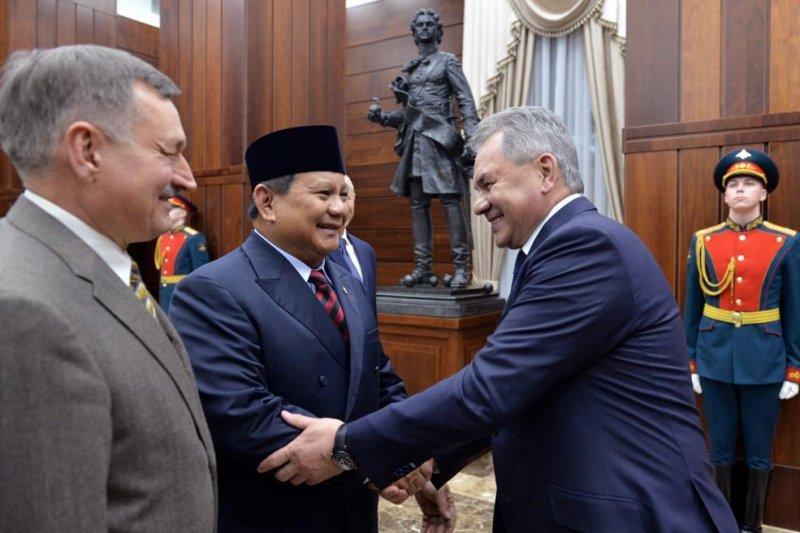 Menhan Prabowo bertemu Menhan Rusia, tingkatkan kerja sama