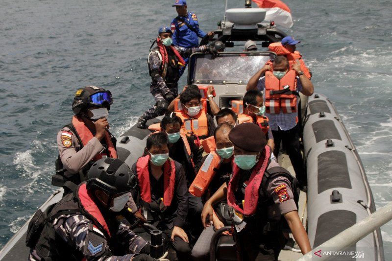 WN China terdampar di Perairan Rote Ndao
