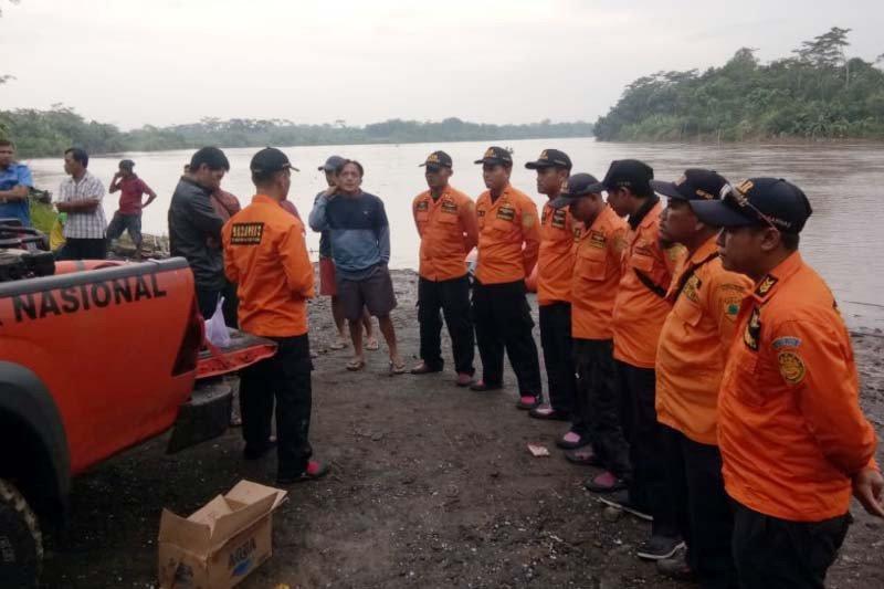Penambang pasir tenggelam di Sungai Serayu, SAR Cilacap telusuri lokasi