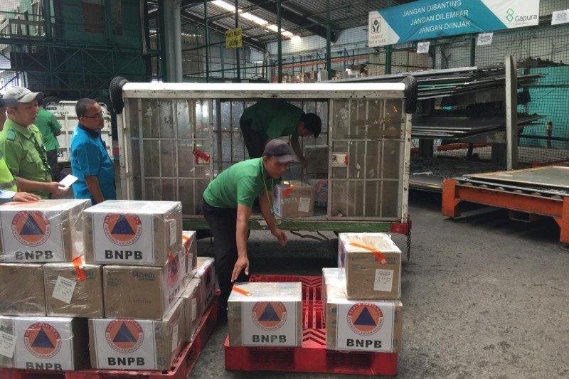 Garuda Indonesia angkut bantuan 10.000 masker BNPB untuk WNI di Tiongkok