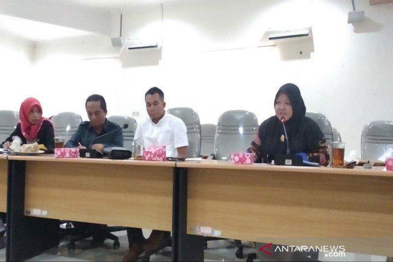 DPRD Kulon Progo mempertanyakan lambannya pertumbuhan investasi