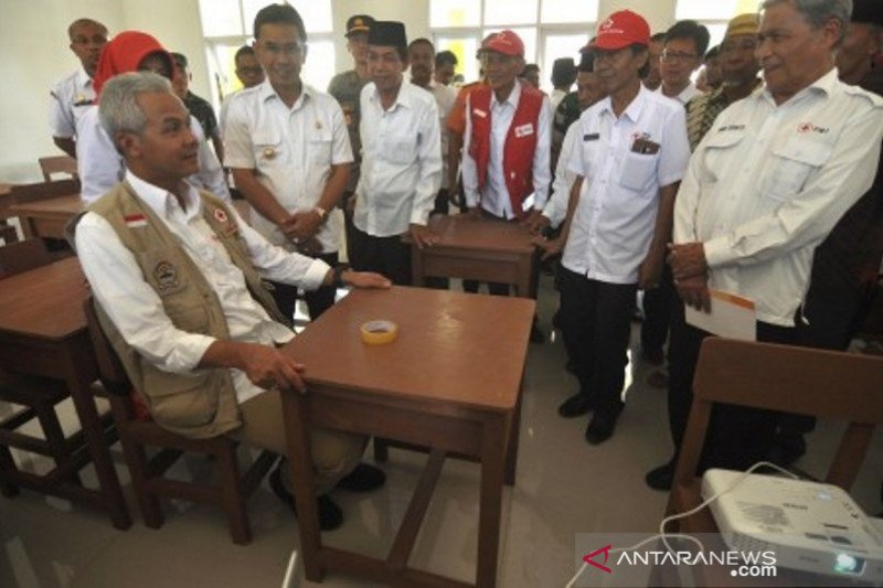 Masyarakat Jateng bantu sekolah untuk korban bencana