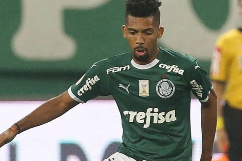 Barcelona resmi gaet Matheus Fernandes dari Palmeiras Brasil