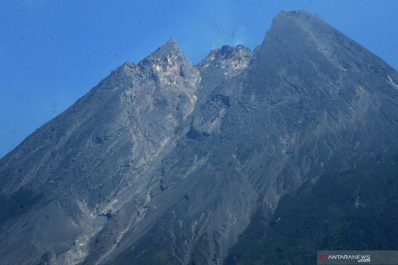 Gunung Merapi mengalami lima kali gempa guguran