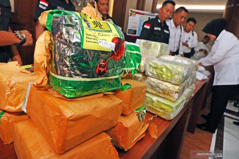 Polisi ringkus pengedar sabu 15 kilogram dikemas bungkus teh asal Malaysia